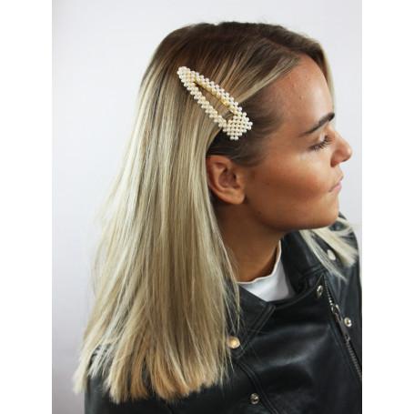 Stort hårspänne med pärlor