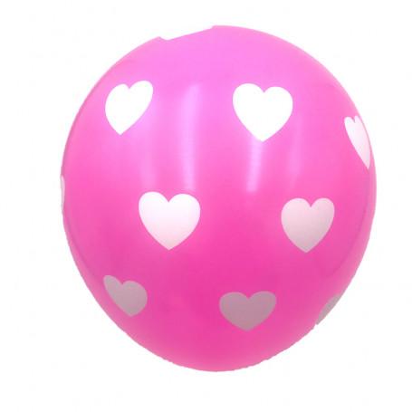 Rosa ballonger med vita hjärtan