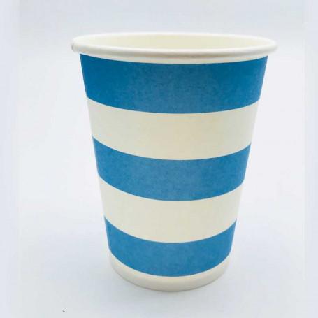 Randiga pappersmuggar i blått och vitt.