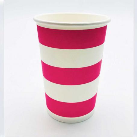 Randiga muggar av papper i rosa och vitt.