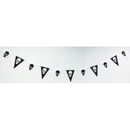 Flaggspel trianglar med Dödskallar