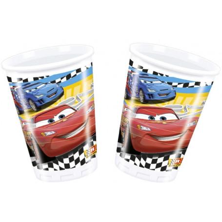 Muggar med motiv från filmen Cars, bland annat Blixten McQueen.